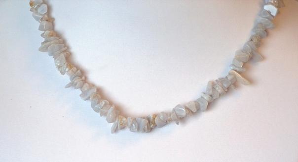 Törmelékköves féldrágakő nyaklánc - Kalcedon 40 cm